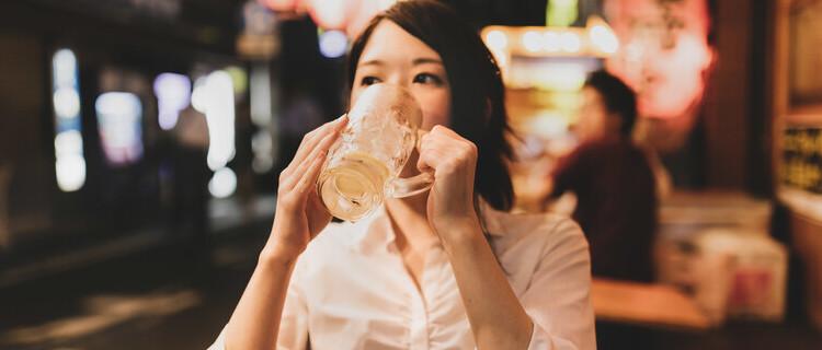 ③お酒が好きなことをアピールしている